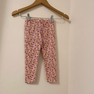 Gap baby girl floral leggings. Size: 3T. BNWT.